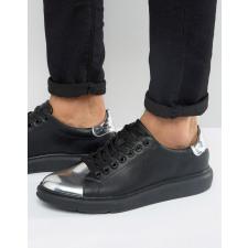 ASOS - Schwarze Sneaker