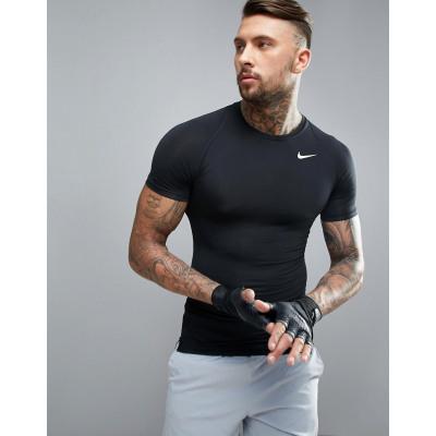 Nike Training - 703094-010 - Schwarzes Kompressions-T-Shirt