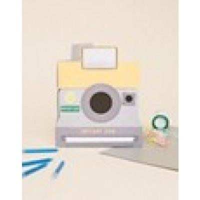 Meri Meri - Geburtstagskarte mit Sofortbildkamera-Motiv - Mehrfarbig