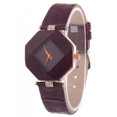 Geometrische Uhr aus Faux Leder mit Strass